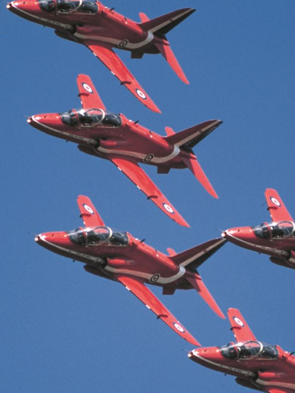Red Arrows Flight.jpg